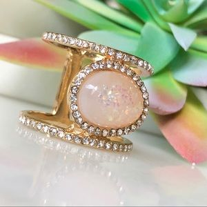 Gold Tone Double Band Shimmer Oval Ring 8